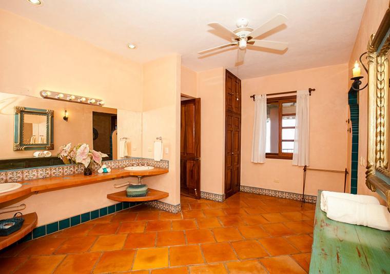 casa upper sink vanity